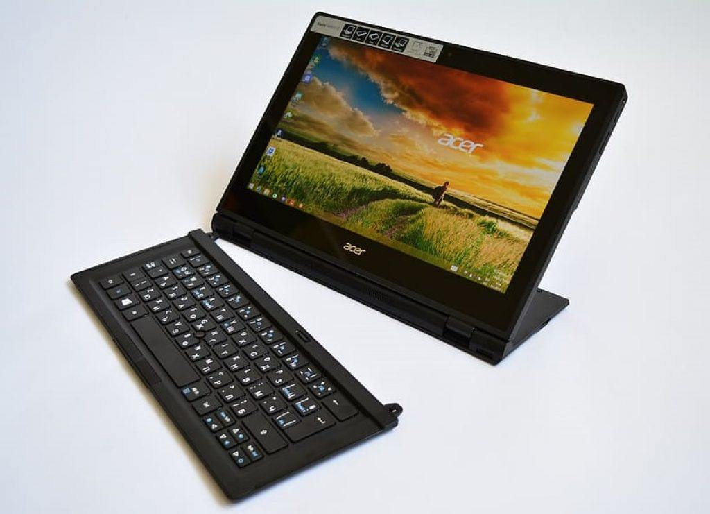 acer 2 in one black laptop with detachable keyboard